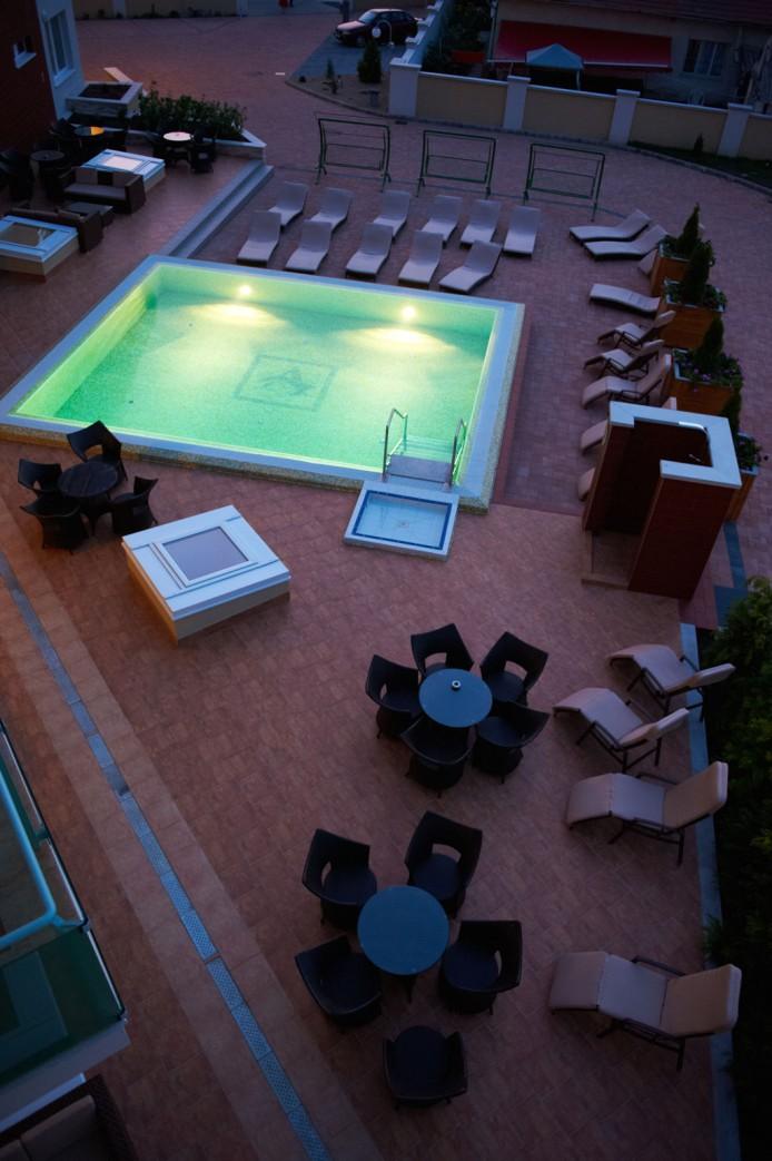 http://velihotels.com/pictures/hotel/1/179/179/hotel-atlantis-hajduszoboszlo-1013n.jpg