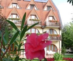 Ágnes Hotel
